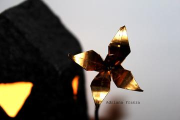 lampada_scultura-cartapesta-luce_soffusa-lampada_artistica-amore-regalo_particolare-design_unico-architettura-casette_decorative-artigianato_siciliano
