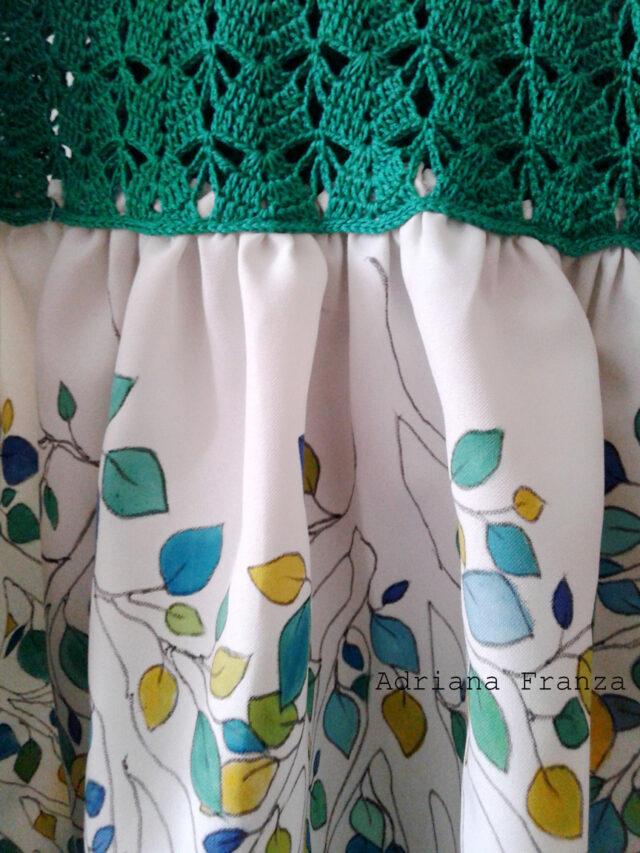 vestito-personalizzato-dipinto_a_mano-decorazione-ramage-verde-dipintoamano-uncinetto-pezzo_unico-abito_originale-foglie-sicilia