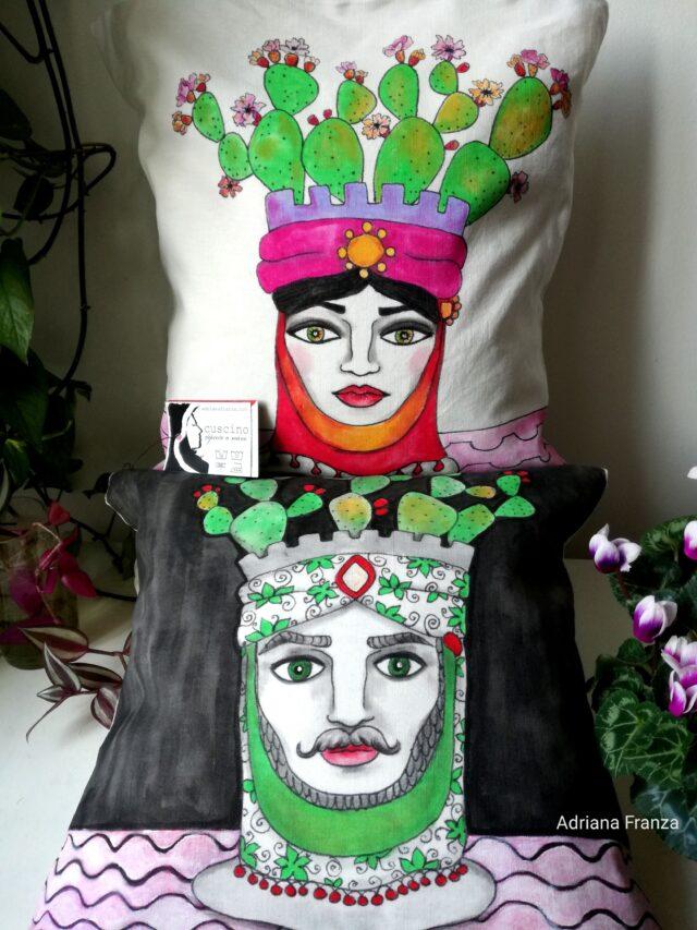 cuscini_originali-teste_di_moro-folklore_siciliano-teste_di ceramica-teste_di_turco-souvenir_d'autore_sicilia-cuscini_dipinti_a_mano-arredamento_design-pezzi_unici