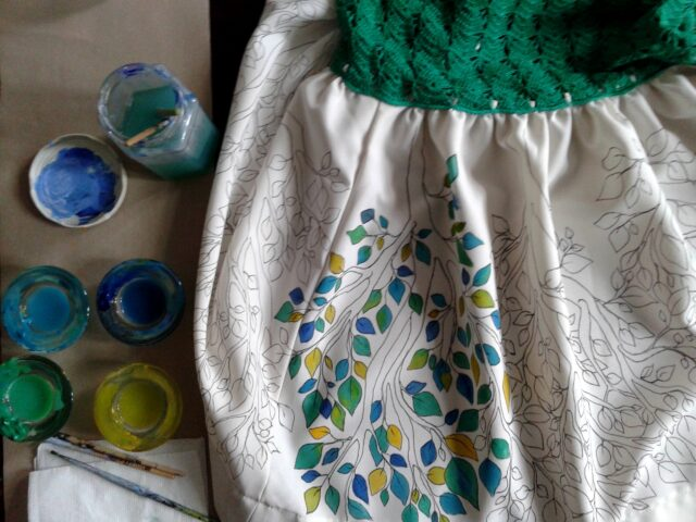 custom-hand_painted-dress-leaver-ramage-decoration-green-hand-painted-crochet-one_of_a_kind-unique-original_dresscustom-hand_painted-dress-leaver-ramage-decoration-green-hand-painted-crochet-one_of_a_kind-unique-original_dress