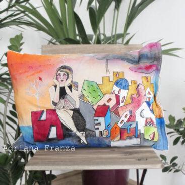 cuscino_dipinto_a_mano-homedecor_pezzo_unico_surrealismo-psicologia-colorato_architettura_case_albero_paesaggio-casette_colorate-federa-colorri_accesi-regalo-design-casa