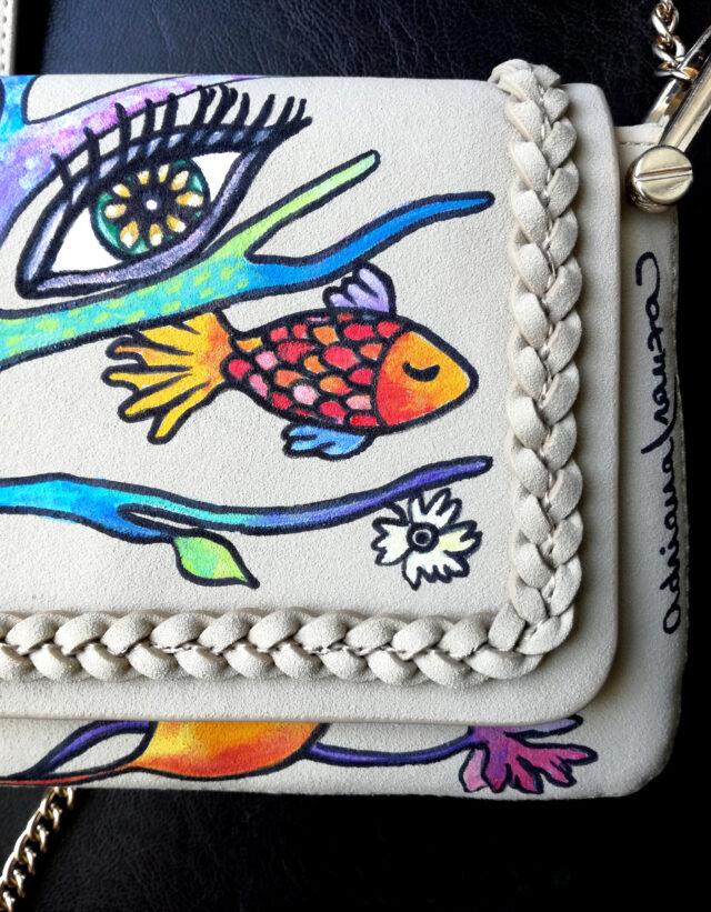 borsetta-ecopelle_borsa_a_spalla-tracolla-dipinta_a_mano-occhio-pesce-albero-natura-fiori-multicolor-borsa_dipinta-originale-regalo_donna-esclusivo-pezzo_unico-moda-siciliana