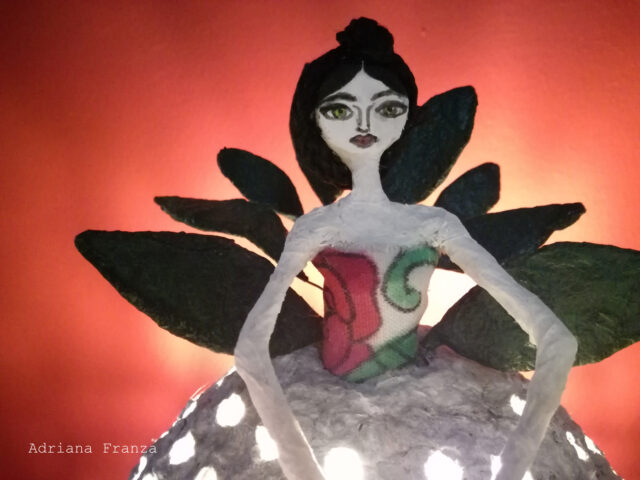 frida-sicilian_cool_design_object-ecodesign-shabby_chic_lamp-hand-made-papier-mâché-home_decor-sicilian_recycle_design-fairytale-mood-lights-table_lamp_one_of_a_kind_unique_present_artistic_souvenir_sicily-noto-sicilian_gifts-hand_painted_statuette-paper-mache