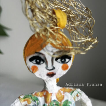 sicilian_cool_design_object-ecodesign-shabby_chic_lamp-hand-made-papier-mâché-home_decor-sicilian_recycle_design-fairytale-mood-lights-table_lamp_one_of_a_kind_unique_present_artistic_souvenir_sicily-noto-sicilian_gifts-hand_painted_statuette-paper-mache-ecodesign-ochre-ceramics