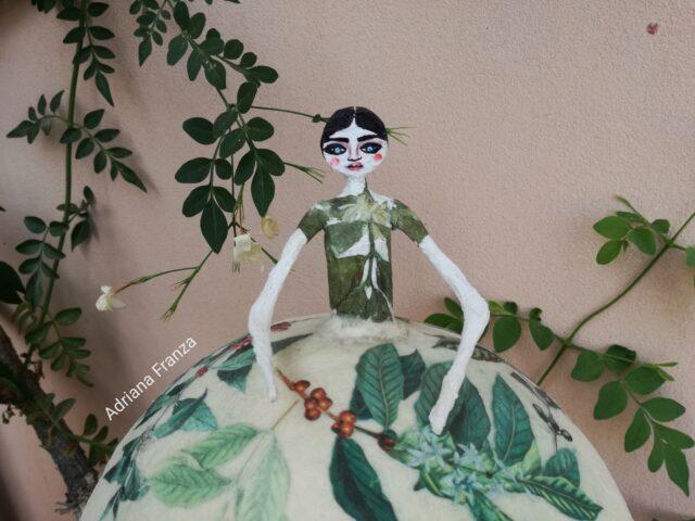 lamp_original-ecodesign-papier-mache-home_decor-sicilian_design_recycle-fairytale-mood-lights-lamp_unique-gift_original-piece_sicily-gifts-shabby_chic-romantic-home_decor-retro