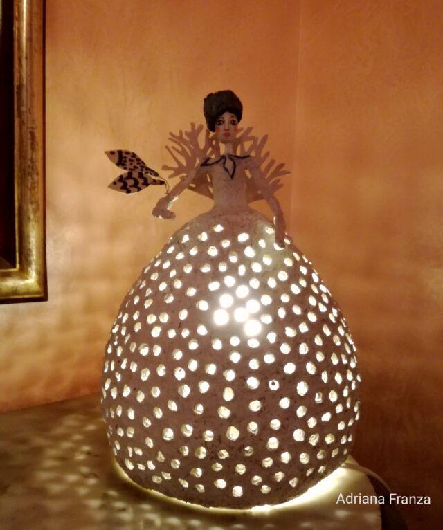 Malacala-Noto-sicilia-lampada-donne-di-luce-adriana-franza-cartapesta